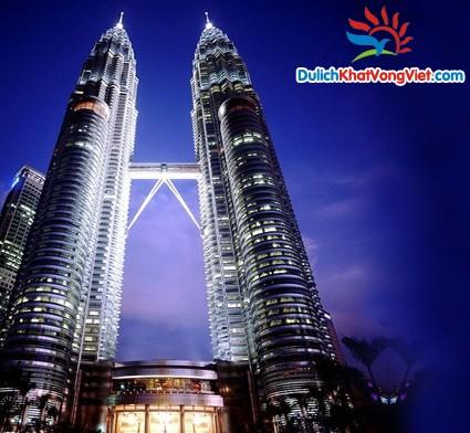 Tháp đôi Petronas - Biểu tượng Malaysia
