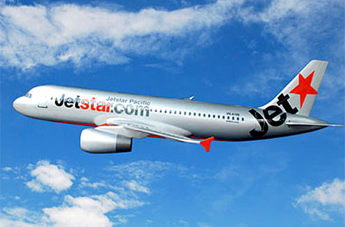 ve-may-bay-jetstar-hcm-di-ha-noi