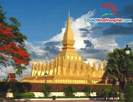 golden-stupa-vientiane