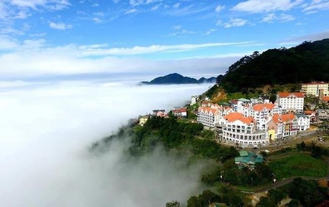 Tam Đảo địa điểm du lịch quen thuộc tại miền bắc chỉ cách Hà Nội 40 km