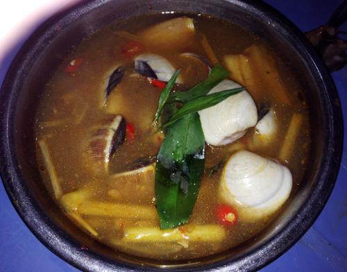 Nghêu nấu kiểu Thái