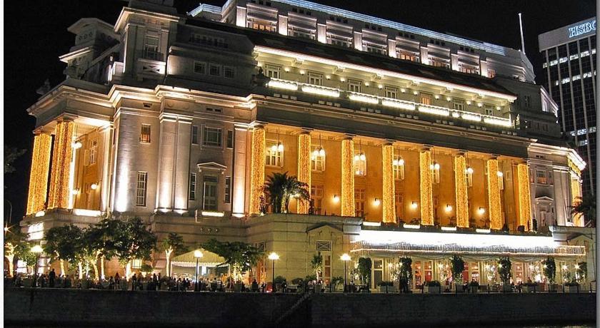 Khách sạn Fullerton - Một trong những khách sạn xa hoa nhất Singapore
