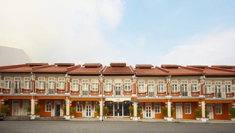 Khách sạn Naumi Liora