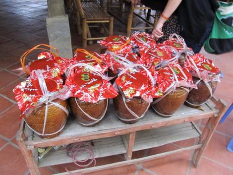 Rượu Mai Hạ- hương vị núi rừng của Mai ChâuRượu Mai Hạ- hương vị núi rừng của Mai Châu